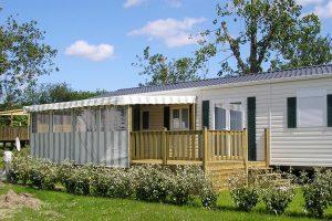 Terrasse semi-couverte pour mobil home