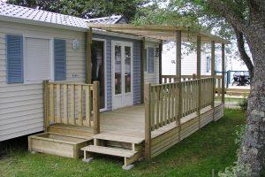 Terrasse et pergolas pour mobil home